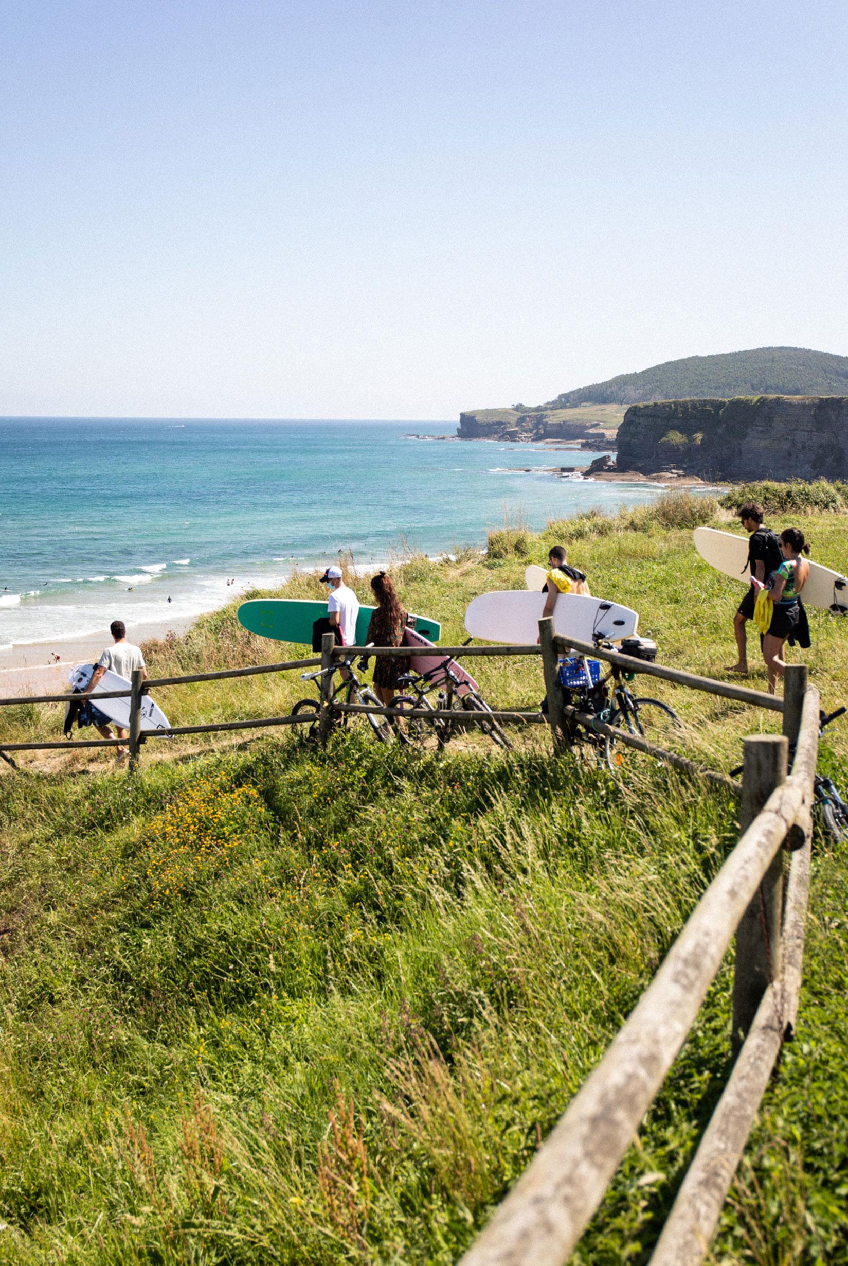 surf camp en cantabria langre